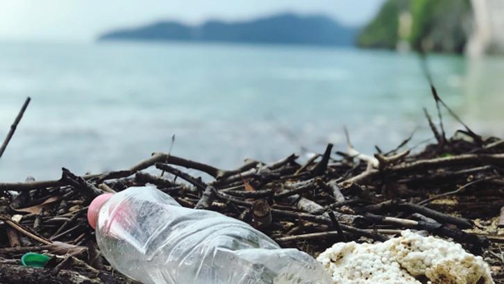Sampah Plastik di Indonesia