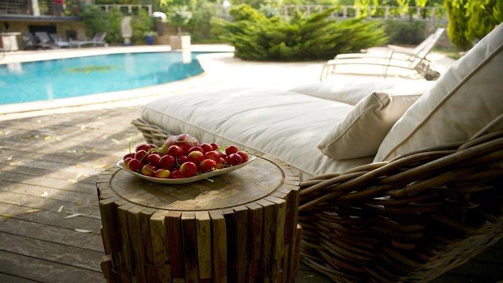 Ada beberapa faktor penting yang perlu diperhatikan untuk membuat kolam renang yang indah di rumah Anda. (sumber: pixabay)