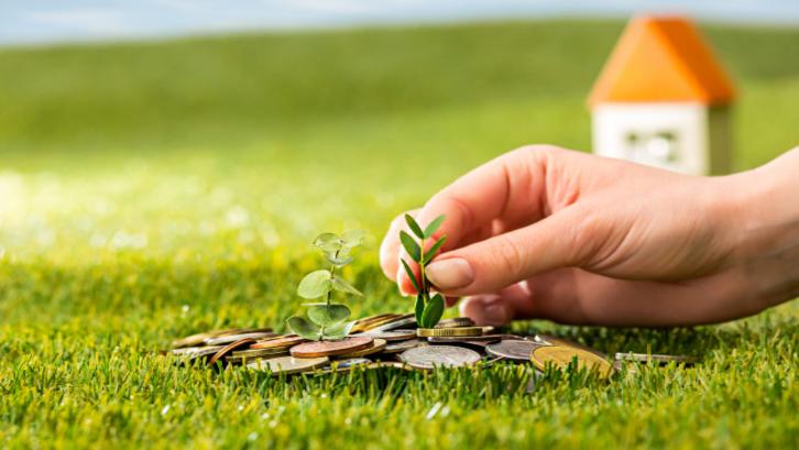 Investasi tanah dengan cara tepat akan menghasilkan keuntungan. (Foto: Freepik.com)