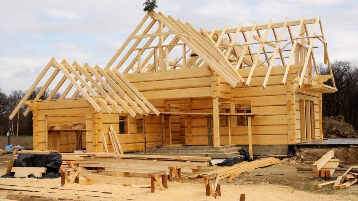 Tanah bisa dibangun dan dimanfaatkan menjadi sebuah properti seperti rumah. (Foto: Uncharted Profits Daily)