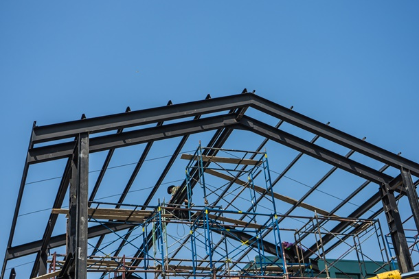 Prefabricated roof structure