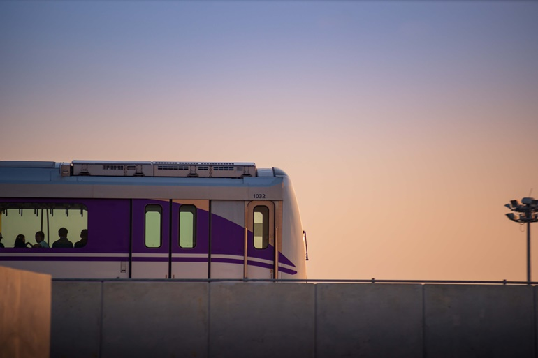 รถไฟฟ้าสายสีม่วง เส้นทางเชื่อมต่อใจกลางเมือง-ปริมณฑล