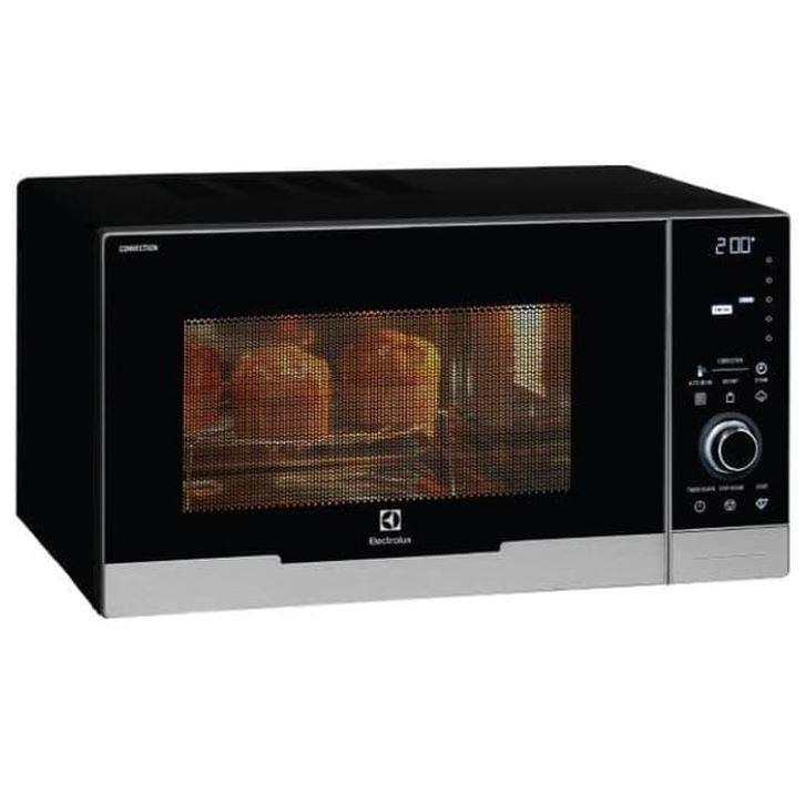 Caption: Fitur child lock pada oven listrik Electrolux akan mencegah perubahan pengaturan memasak ketika anak-anak berada di sekitarnya. (Foto: Tokopedia)