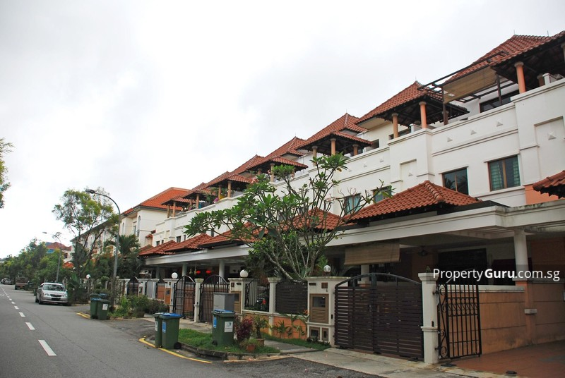 villa verde terrace house in bukit panjang