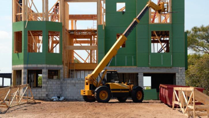 Resiko bangunan runtuh jika pemasangan kolom tidak benar (Sumber: Pexels.com)
