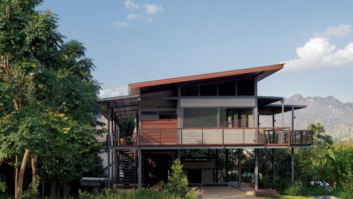 15 Desain Rumah Panggung Di Hunian Modern Rumah Com