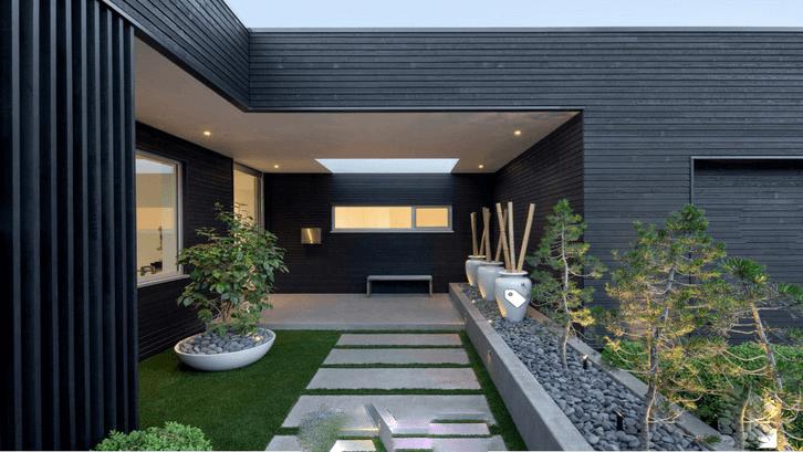 Halaman rumah minimalis modern. (Sumber: Pinterest.com)