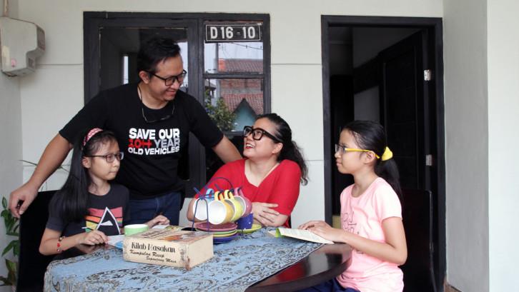 Cerita Rumah Baru Berisi Barang Bekas, Tak Punya Meja Makan