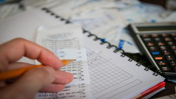 Dalam proses KPR, ada biaya-biaya lain yang wajib dipenuhi seperti biaya provisi dan administrasi. Sumber: Pixabay