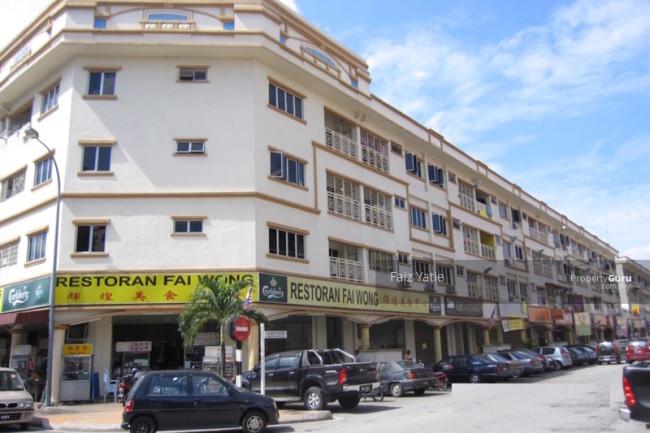 Sri-Manja-Square-Desa-Petaling-Malaysia