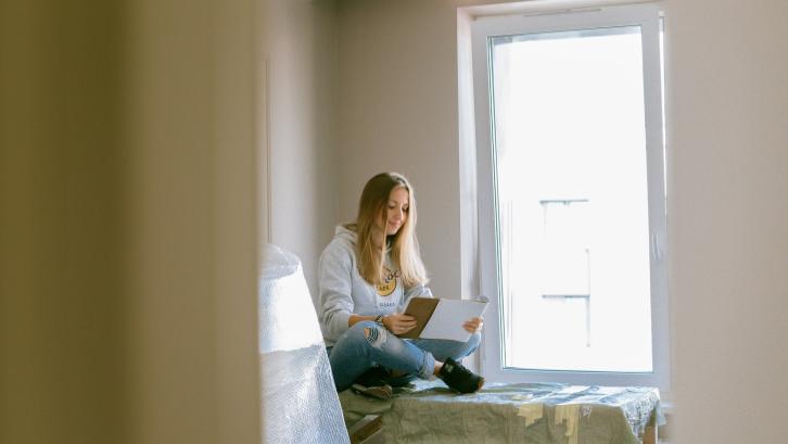 Beli rumah bekas menawarkan harga beli yang biasanya tidak selalu sesuai dengan pasar. (Sumber: Pexels.com)