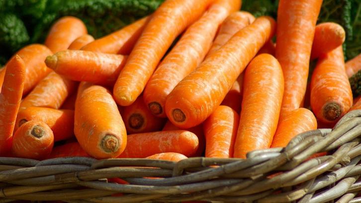 Wortel merupakan sayuran dengan kandungan vitamin yang banyak. (Foto: Pixabay - jacqueline macou)
