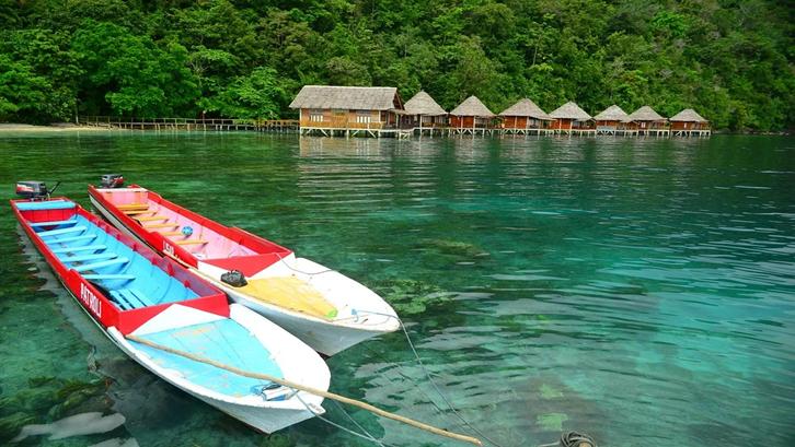 Ketiga rumah adat Maluku punya ciri khas dan bentuk arsitektur yang berbeda. Sumber: Pixabay
