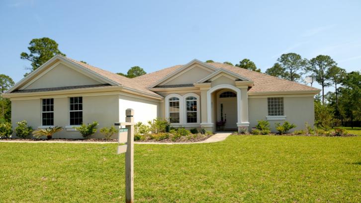 Reputasi developer menjadi salah satu pertimbangan utama dalam beli rumah pertama. (Sumber: pexels.com)