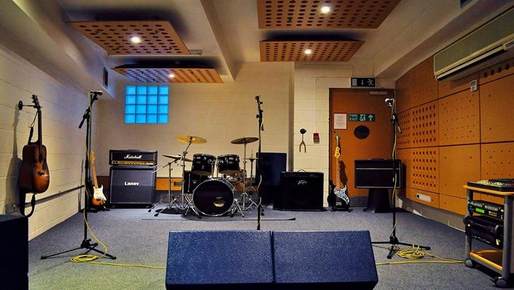 Jasa pembuatan Ruang Studio Musik Bergaransi Free Kunjungan