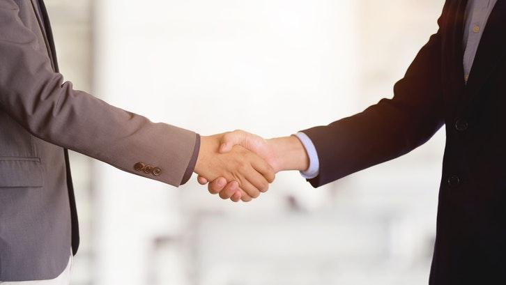 Pastikan pengembang sudah menjalin kerja sama dengan pihak bank. (Sumber: Pexels.com)