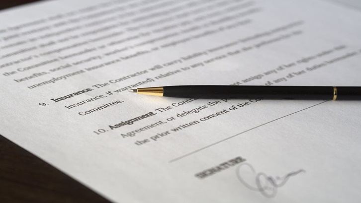 Plafon kredit untuk pinjaman dengan jaminan sertifikat tanah bisa mencapai Rp500 juta hingga Rp1 miliar. Sumber: Pexels