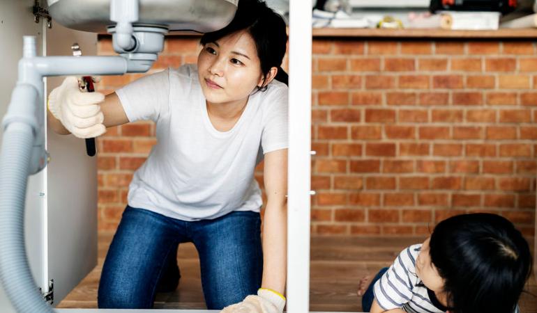 9 Masalah Penyelenggaraan Rumah Yang Anda Boleh Baiki Sendiri