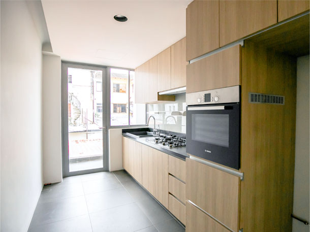 Walk-Up Apartment by 30 3