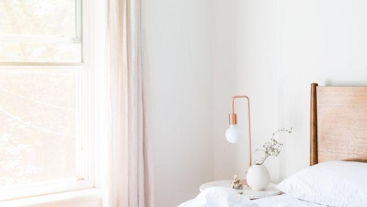 12 Ide Lampu Hias Kamar Tidur yang Bikin Mudah Terlelap (2)