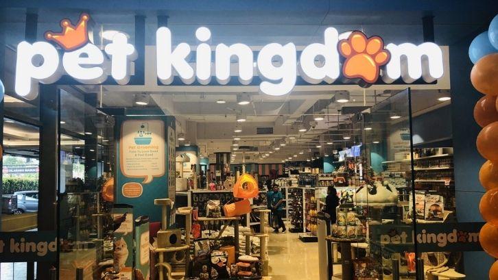 Ciptakan suasana yang menyenangkan di pet shop Anda (foto: lippo mall kemang)