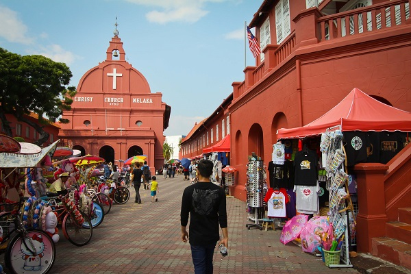 KLCC, Melaka, Sabah, Cuti-cuti Malaysia