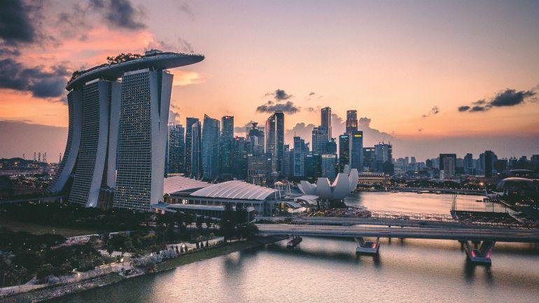 unsplash-singapore skyline