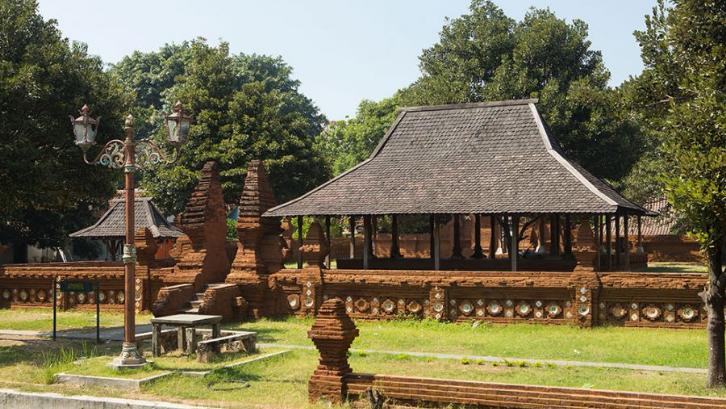 8. Rumah Kasepuhan Cirebon