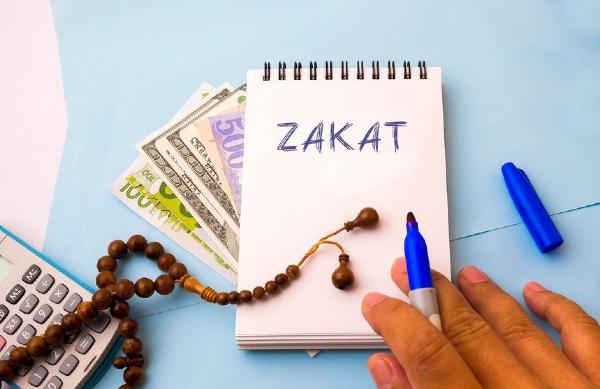 cara simpan duit, pelaburan emas, wahed invest, stashaway, robo advisor Malaysia, ASB loan, gen z, millennial, zakat