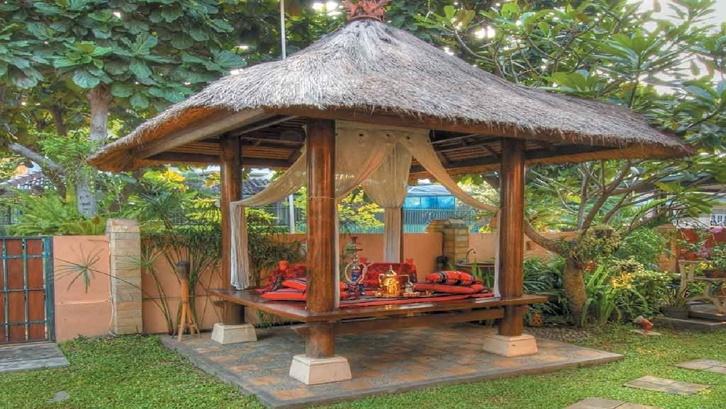 Jenis desain populer gazebo diantaranya Victoria, Asia, pergola dan gazebo paviliun. Foto: Pinterest