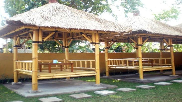 Anyaman bambu tampak semakin menarik dengan gazebo bambu. Foto: Pinterest