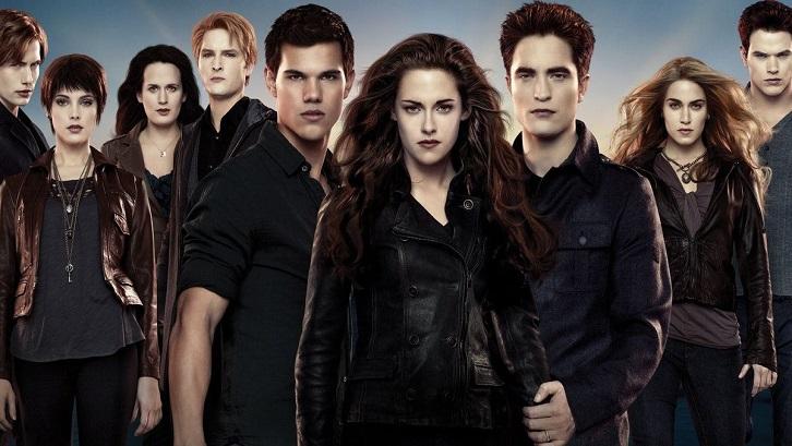 Twilight mengisahkan perjalanan Bella yang merupakan manusia biasa dan Edward seorang vampir. Sumber: Pinterest