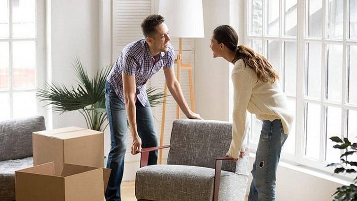 Tenang saja berkat popularitas furniture minimalis ada segudang toko desain untuk mendapatkan produk yang sangat sederhana. Sumber: Storage Mart