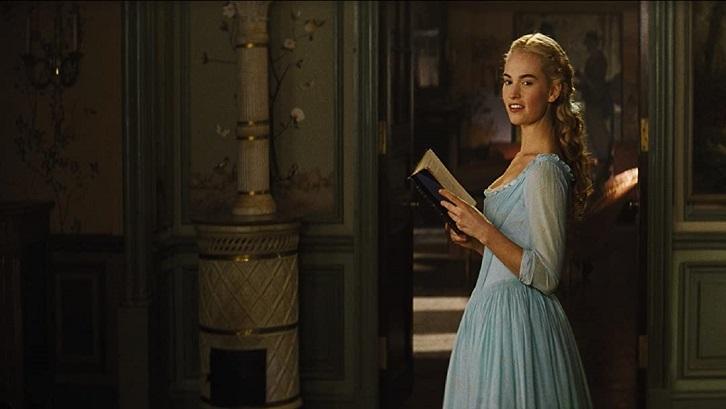 Cinderella dibintangi oleh Lily James sebagai, sementara Cate Blanchett berperan sebagai ibu tiri jahat. Sumber: Amazon