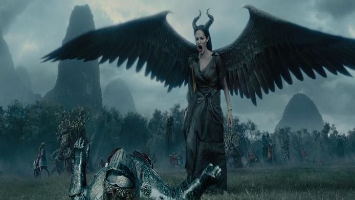 Film ini dibintangi oleh artis Hollywood ternama Angelina Jolie sebagai Maleficent. Sumber: Pintrerest