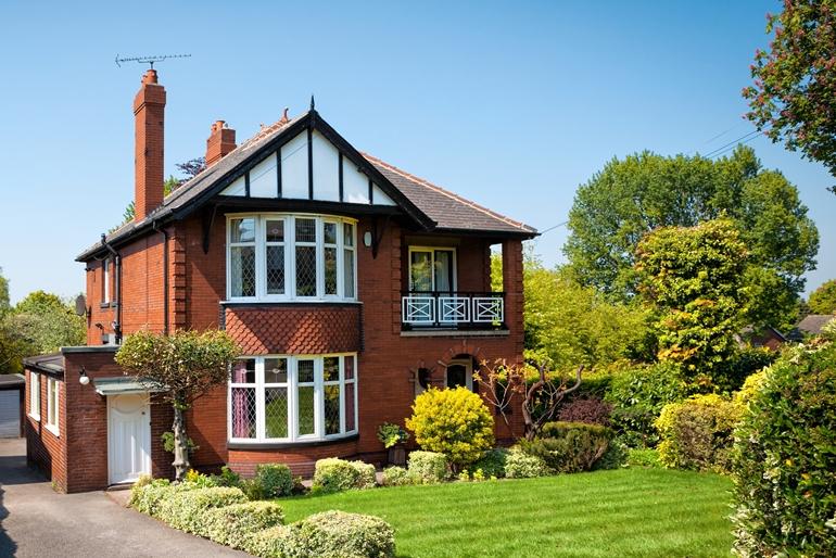 แบบบ้านสวย ๆ สไตล์ British ที่อยู่อาศัยชิค ๆ สำหรับครอบครัวยุคใหม่