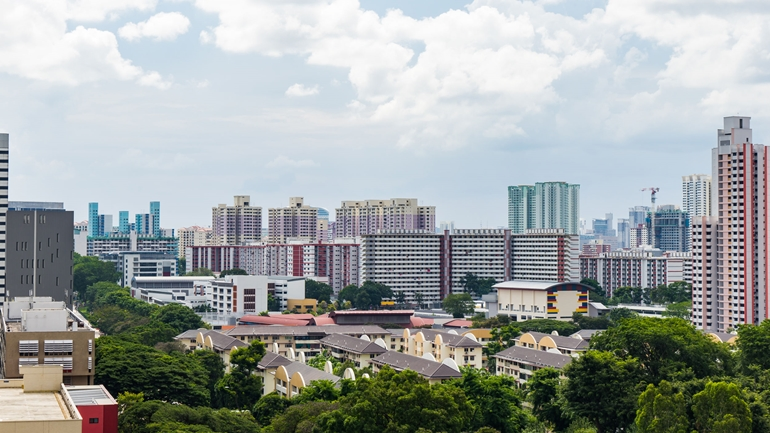 3 Reasons Why Downgrading From a Condo to an HDB Flat Makes Sense (and What You Should Know Before Doing It)