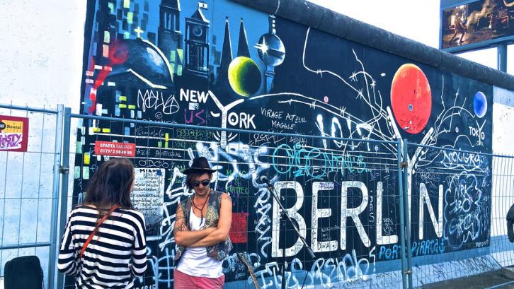Seni mural memiliki desainnya yang berbeda-beda. (Foto: Pexels - XU CHEN)