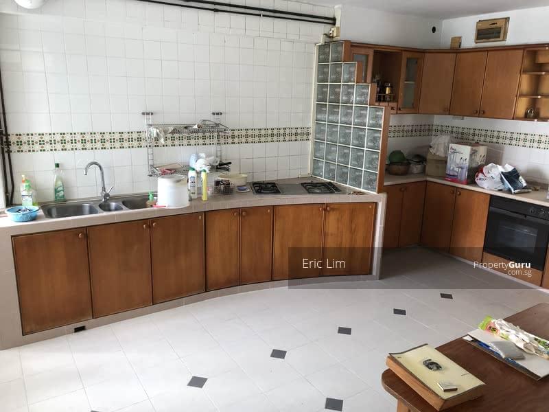 185-Pasir-Ris-Street-11-Pasir-Ris-Tampines-Singapore kitchen