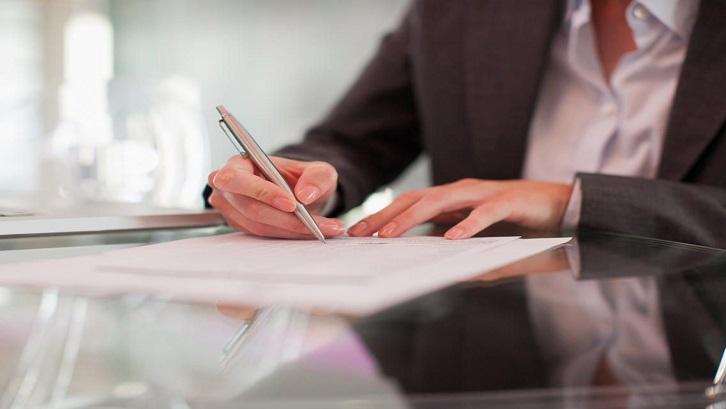 Kartu Keluarga memiliki fungsi yang paling penting untuk urusan administrasi dan pelayanan kependudukan. Sumber: The Balance Small Business