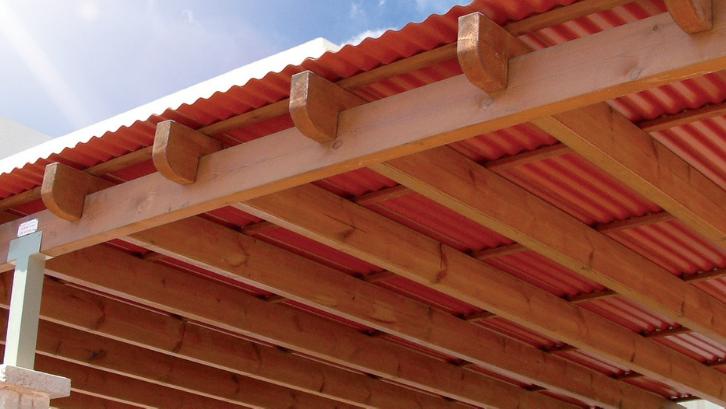 Atap yang ringan lebih mudah untuk dipasang dan tidak akan membebani bangunan. (Foto: Palram)