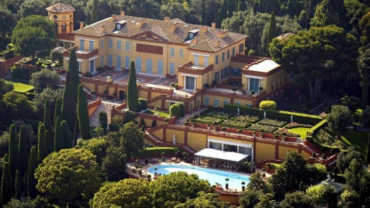 Villa Leopolda sering digunakan sebagai tempat untuk mencari inspirasi. (Foto: amazing.zone)