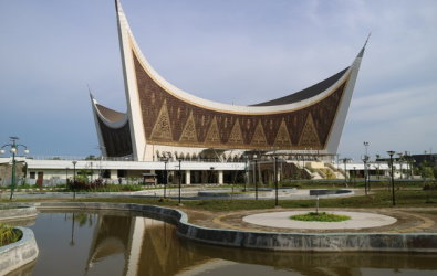 10 Desain Masjid Minimalis Bikin Ibadah Tenang