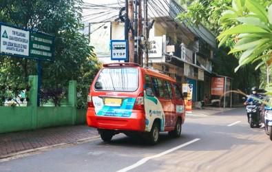 Angkot Jadi Solusi Mobilitas di Kota Megapolitan Jakarta