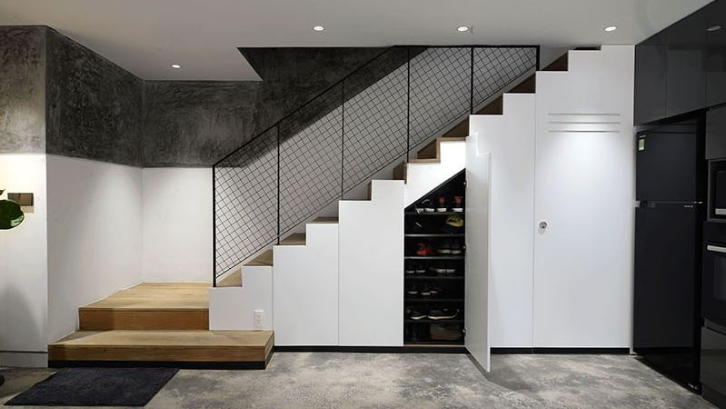 Percantik rumah minimalis Anda dengan sentuhan lemari bawah tangga yang tampak minimalis. (Foto: Homedit)