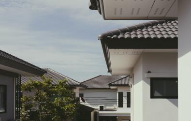 หลังคาบ้าน-รางน้ำฝนของเพื่อนบ้าน ลุกล้ำเข้ามาทำอย่างไรได้บ้าง