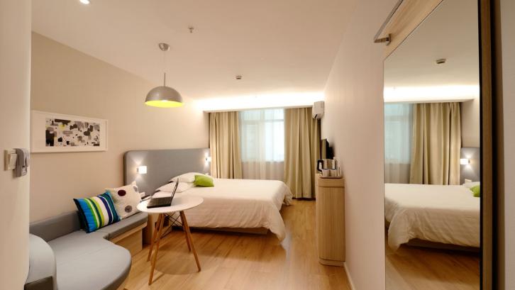 Ukurannya yang kecil menjadikan apartemen studio sangat mudah untuk Anda dekorasikan. (Foto: Pexels - Pixabay)