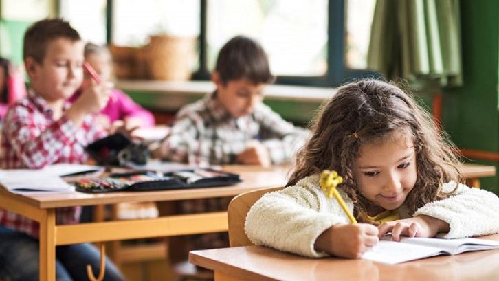 Dalam urusan catatan sipil, KIA bertujuan untuk meningkatkan pendataan, perlindungan dan pelayanan publik. Sumber: Today's Parent