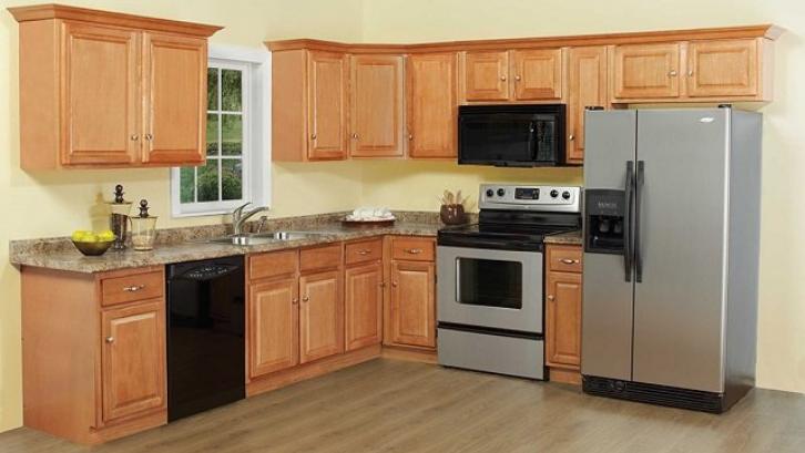 Kayu kamper bisa dimanfaatkan menjadi kitchen set di rumah Anda. (Foto: Waterbase Coating)