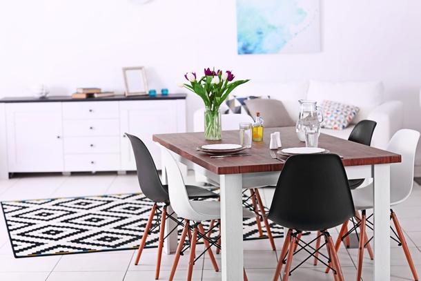 เลือกโต๊ะกินข้าวให้เหมาะกับบ้าน